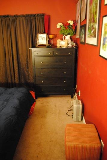 2014-02-12 Bedroom 08