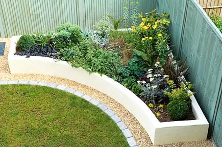 corner garden bed inspiration